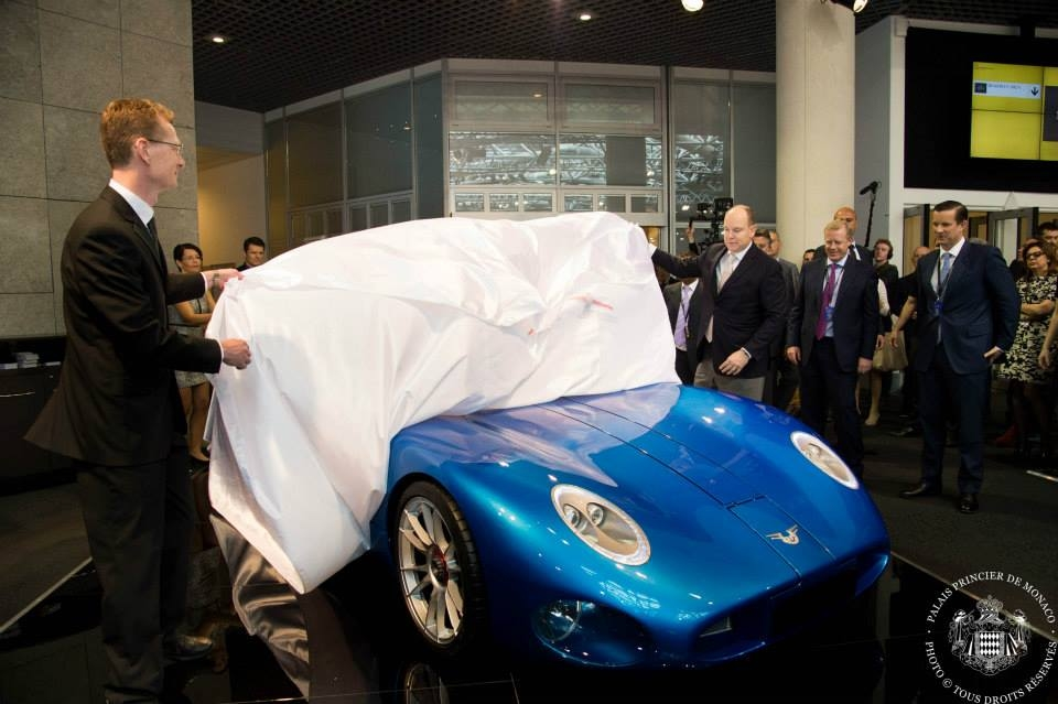 H.S.H-Prince-Albert-II-of-Monaco-launched-The-Toroidion-1MW-Concept-car-