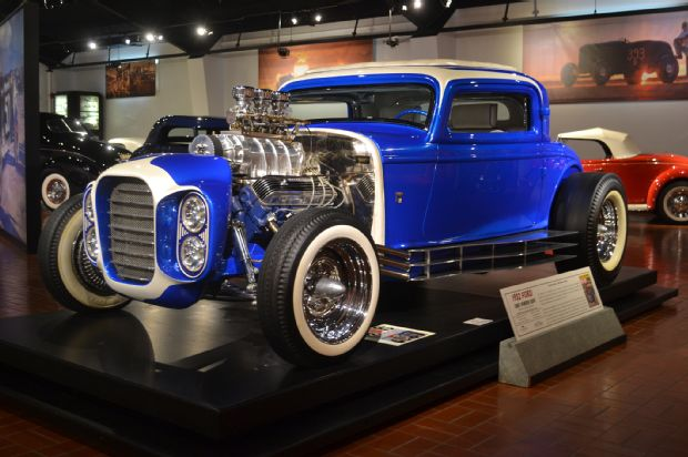 1932-ford-little-deuce-coupe