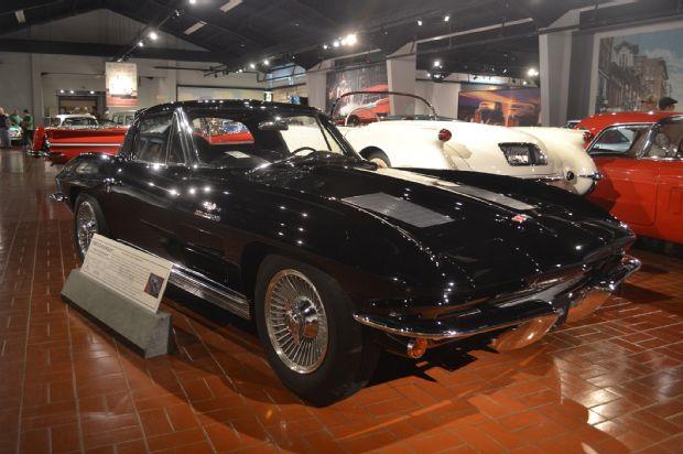 1963-chevrolet-corvette-z06
