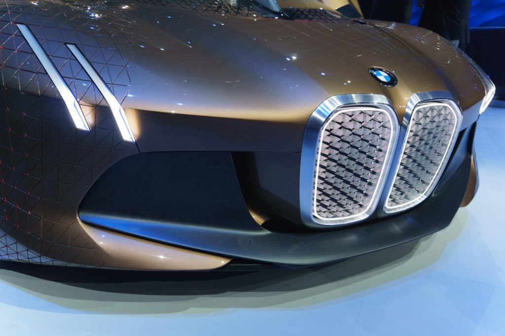bmw-vision-next-100-21-of-21